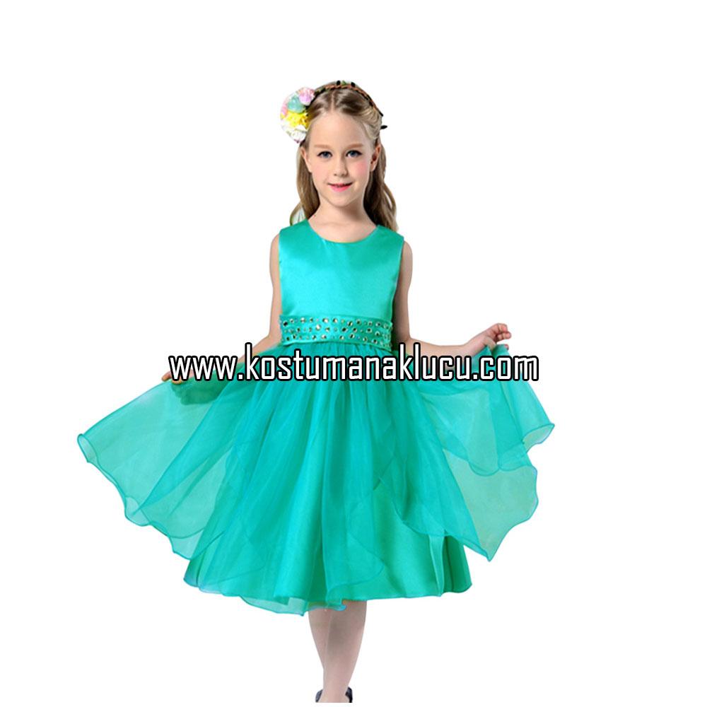 kostum gaun anak kecil