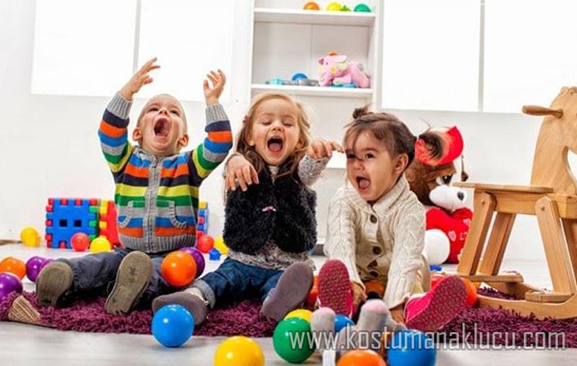 7 Trick Gampang Rayu Anak Bereskan Mainan